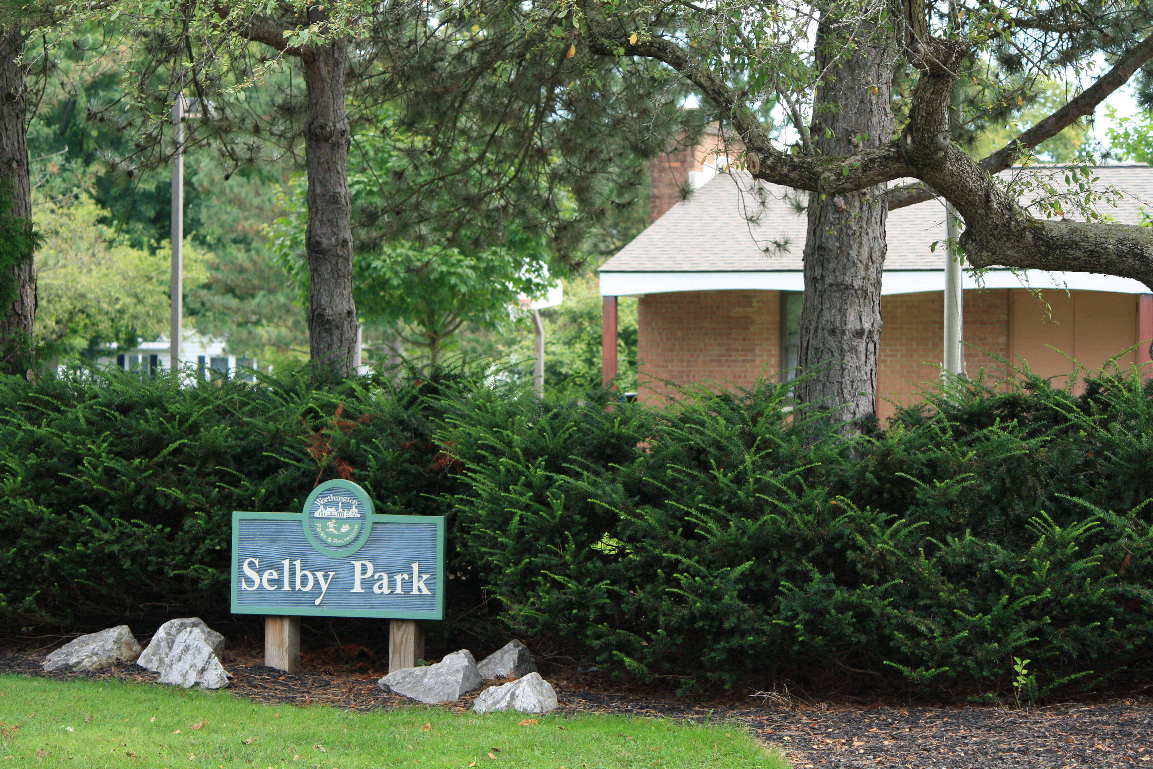 Selby Park  Sign (Gym)